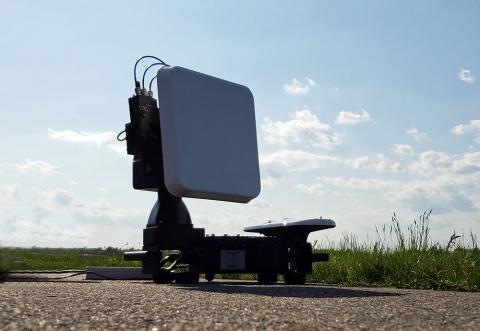 Avwatch MTS auto tracking system with Southwest Antennas part # 1055-330 L-Band MIMO / MANET panel antenna
